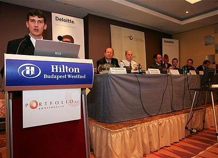 Agócs Balázs, Portfolio.hu értékesítési igazgatója, a konferencia szervezője
