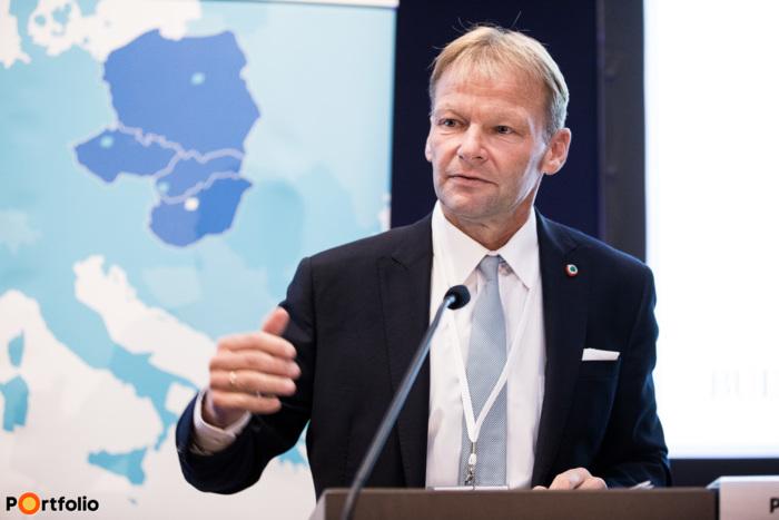 Vazil Hudák (alelnök, Európai Beruházási Bank): The way forward for financing cohesion