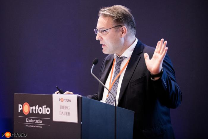 Joerg Bauer (elnök, GE Hungary): Szép új világ, az egészségügy jövője