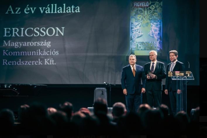 Az év vállalata díj - Átveszi Éry Gábor és Jakab Roland, Ericsson Magyarország Kommunikációs Rendszerek Kft., átadja Orbán Viktor miniszterelnök