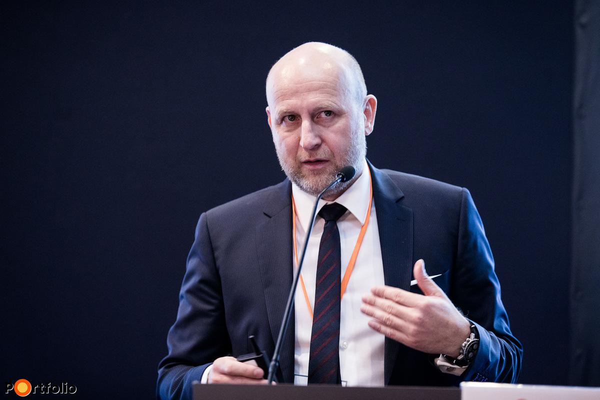 Harmati László (vezérigazgató-helyettes, Erste Bank): Lakossági vagyontervezés és megtakarítás