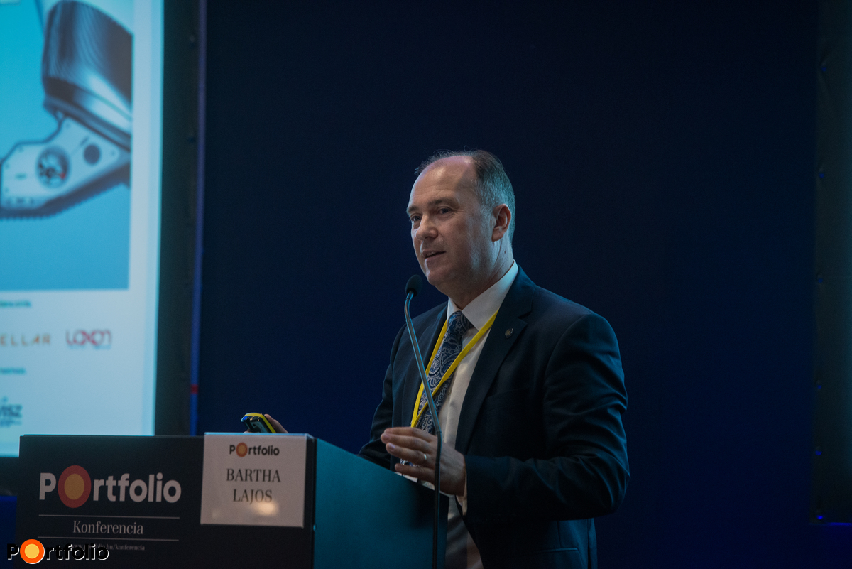 Bartha Lajos (pénzügyi infrastruktúrák igazgató, MNB): 2018 a kihívások éve: PSD2, azonnali fizetés