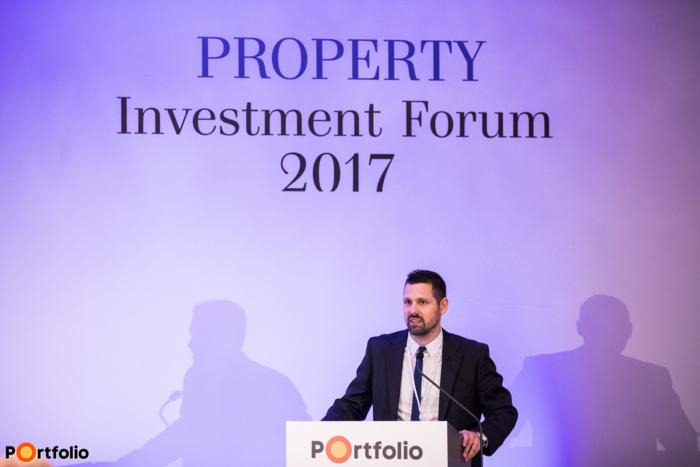 Ditróy Gergely (ingatlandivízió-vezető, Portfolio), az Irodapiac és az Új projektek c. szekciók moderátora.