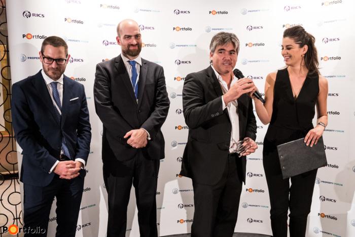 Az év projektje: Nokia Skypark (Futureal). A díjat Futó Gábor, a Futureal társalapító-vezérigazgatója vette át.