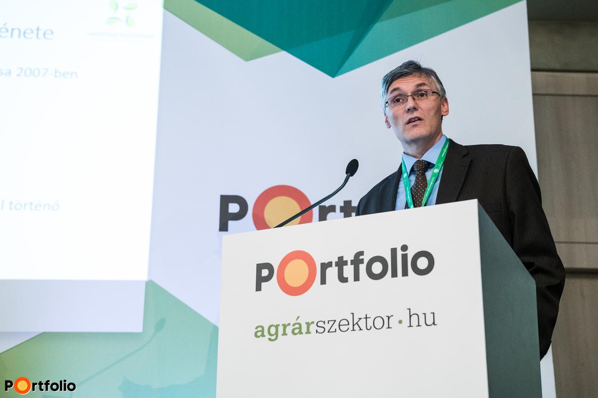 Polgár Gábor (ügyvezető igazgató, Vetőmag Szövetség és Terméktanács): Posztregisztrációs kukorica-fajtakísérletek 2017-ben