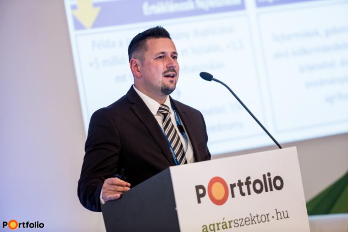 Hollósi Dávid (Takarék Agrár Igazgató, Takarék Csoport): 10 perc - 10 év - 10 megoldás - Hogyan lesz jövőképe a magyar mezőgazdaságnak?