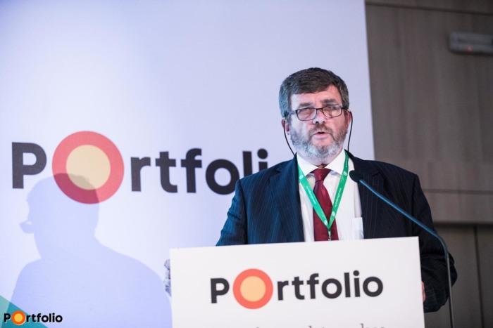 Mikó Zoltán (Választottbíróság elnöke, címzetes egyetemi docens, Nemzeti Agrárgazdasági Kamara): Viták és lehetőségek az integráció körül