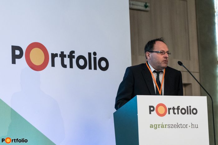 A konferencia szakmai szervezője és több szekció moderátora: Hazafi László (agrárgazdasági szakújságíró, Portfolio / agrárszektor.hu)