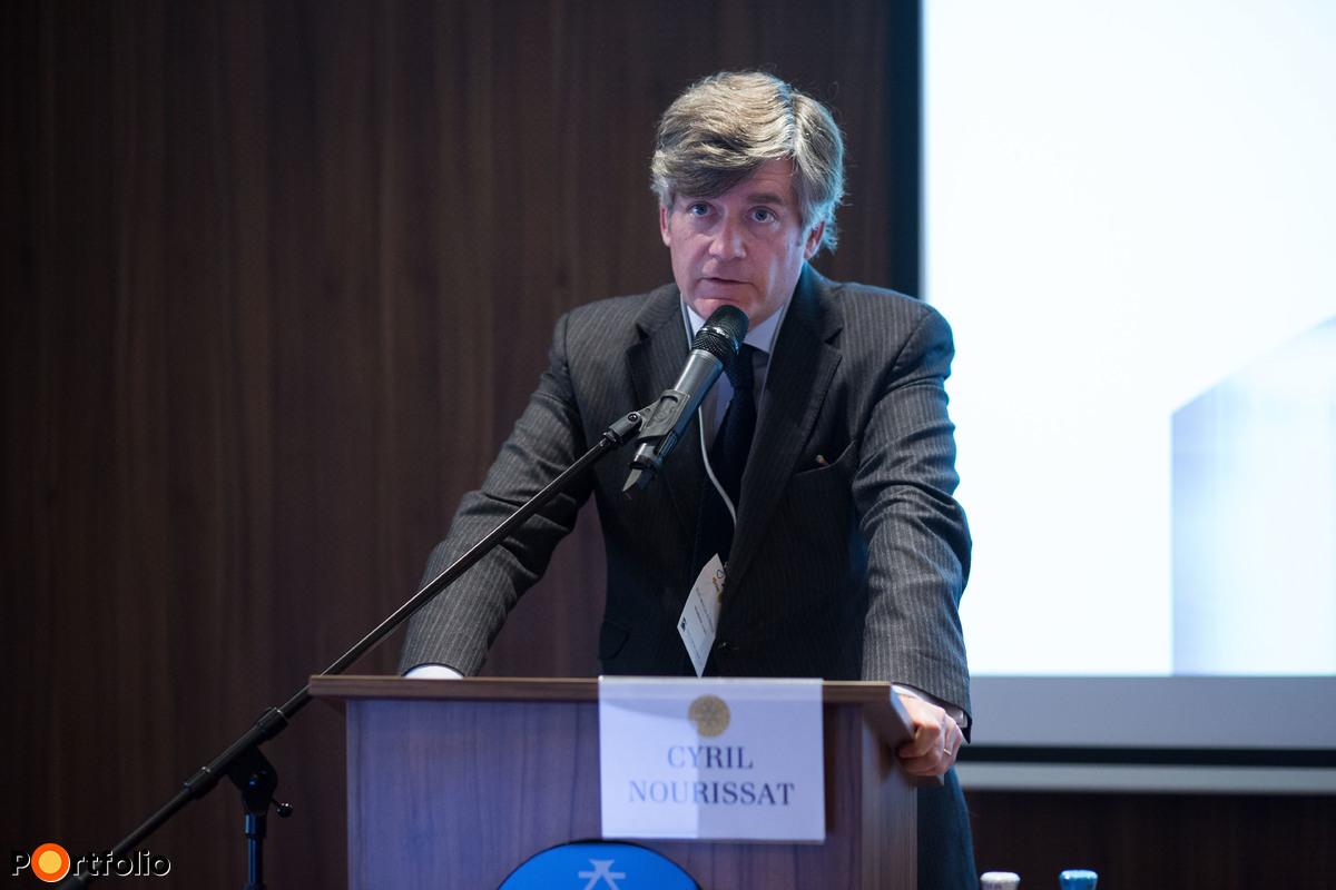 Cyril Nourissat (egyetemi tanár, az Európai Közjegyzőségi Tanszék vezetője, a Jean Moulin Egyetem Nemzetközi Magánjogi Kutatási Központjának igazgatója): A közokirat a követelések határon átnyúló hatékony érvényesítésének szolgálatában