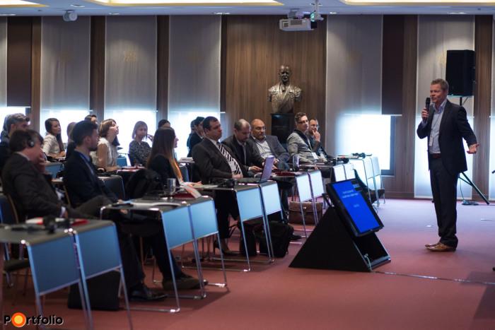 Barsi András (legaltech szakértő, stratégiai igazgató, DO-Q-MENT Gmbh): Elektronikus Jogérvényesítés Alapja - Elektronikusan is hiteles dokumentumok Európában - Hogyan tegyük ügyfeleinket is képessé az elektronikus ügyintézésre?
