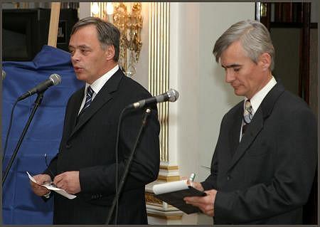 Hegyi Gábor (Capital Communications), Koczóh Péter (tolmács)