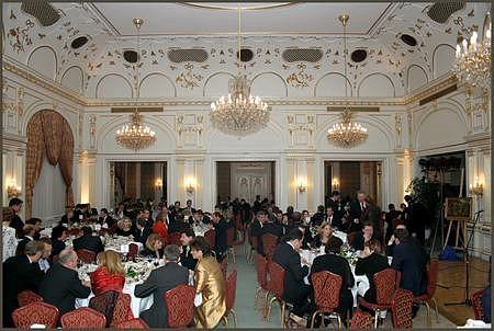 Gundel étterem, 21 asztal, több mint 200 vendég