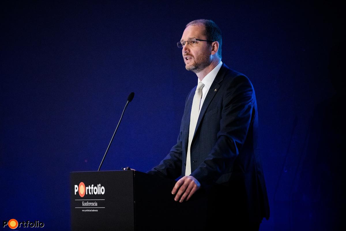 Dr. Kandrács Csaba (Pénzügyi szervezetek felügyeletéért felelős ügyvezető igazgató, MNB): A biztosítási szektor 10 éves jövőképe - Hol tartunk 2017 után?