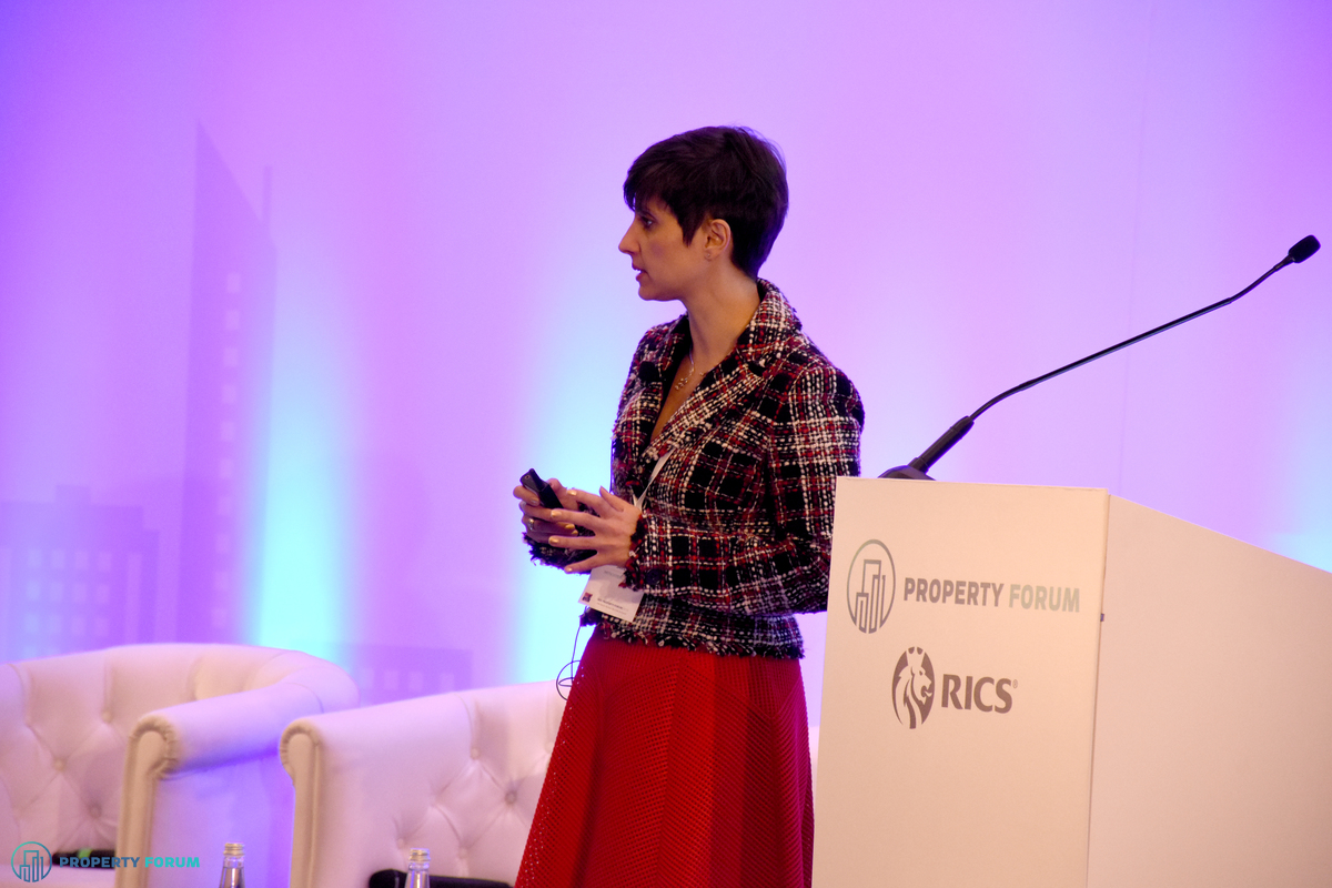 Eri Mitsostergiou (Director, European Research, Savills): Opportunities and threats posed by the growth of e-commerce