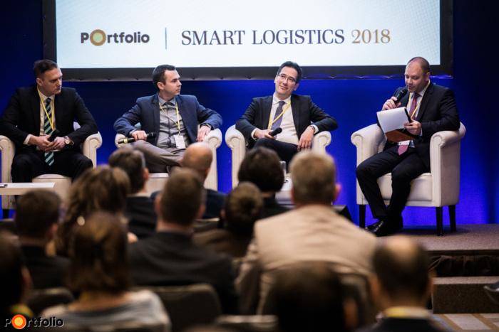 Blockchain, IoT, big data, digitalizáció - Felkészült a jövőre a logisztikai szektor? - Panelbeszélgetés a legjelentősebb logisztikai szereplőkkel. A beszélgetés résztvevői: Kossuth József (Cargo Manager, Budapest Airport Zrt.), Fáczán Gergely (kereskedelmi igazgató, Volvo Trucks Hungary), Barna Zsolt (Regionális Szerződéses Logisztika üzletág, ügyvezető igazgató, Waberer's Cégcsoport) és a moderátor, Merész István (országigazgató, Euler Hermes Magyarország)