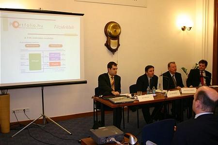 Indul a Tőzsdeklub: Bán Zoltán (Portfolio.hu), Olvasó Árpád (TVK), Kovács F. László (BorsodChem), Miró József (Cashline)