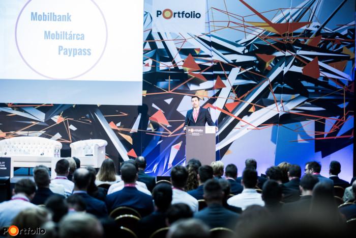 Oláh Róbert (vezető értékesítési menedzser, Pénzintézetek üzletág, T-systems): A digitalizáció múltja és jövője a pénzintézeti szektorban
