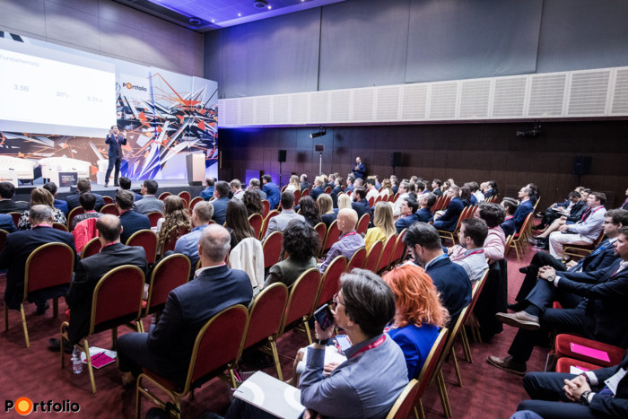 Over 300 participants attended the Financial IT and Disruptive Technologies 2018 conference