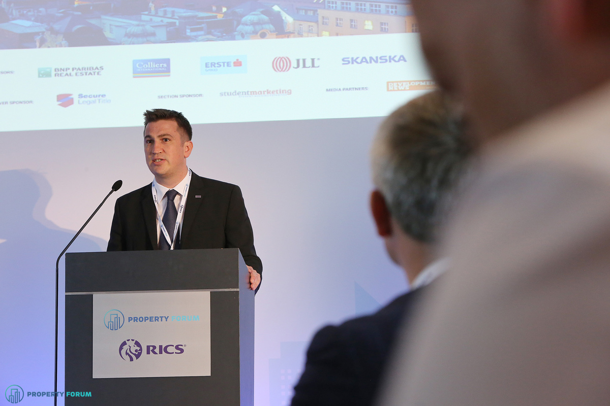 William Bucknell MRICS, Chairman of RICS in the Czech Republic
