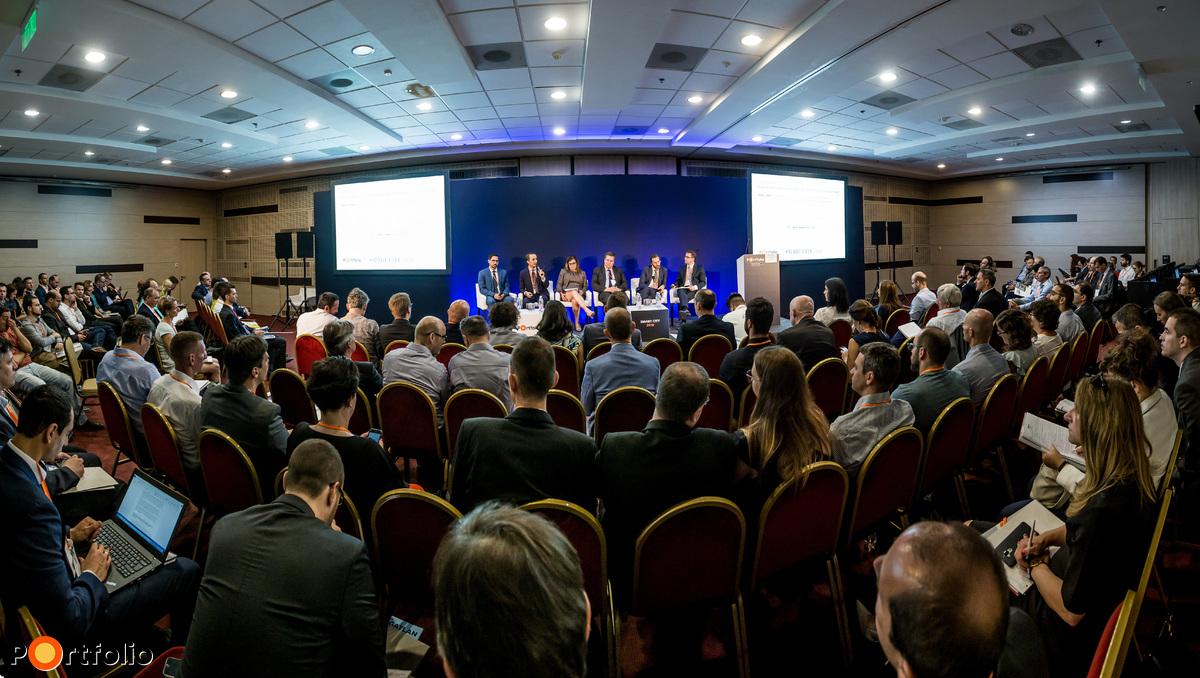 Több, mint 150 fő részvételével került megrendezésre a Portfolio Smart City 2018 konferencia