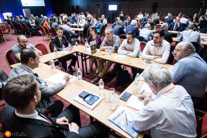 Körasztalos networking: Épülnek a jövő városközpontjai - Ingatlanpiaci kihívások. Moderátor: Gresó György (fejlesztési vezető, Gránit Pólus)