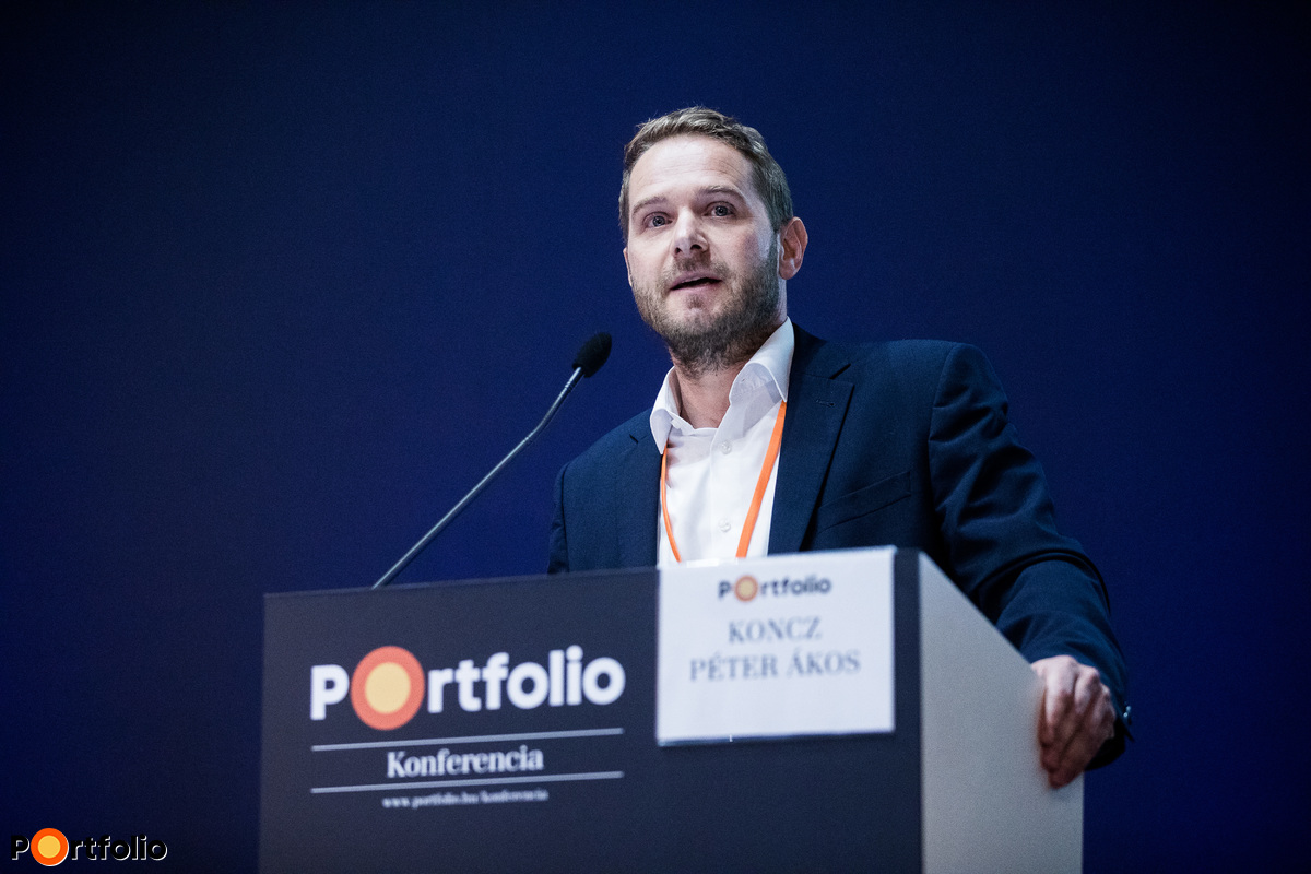 Péter Ákos Koncz (Digital Officer, NKM National Utilities): A new type of customer experience in energy supply: the 21th century home service provider