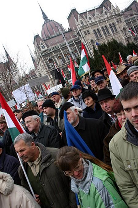 Demostrating farmers at Parliament