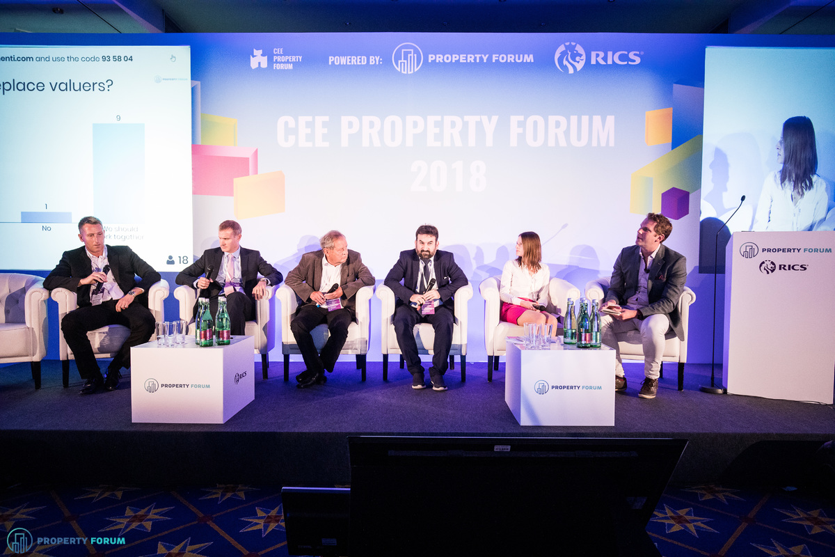 Panel about the future of valuation: Ferenc Németh (Erste Group Collateral Management), Richard Hogg (Cushman & Wakefield), Prof. Wolfgang Feilmayr (Datascience Service GmbH), Leandro S. Escobar Torres (Professional Association of Valuation Companies of Spain), Barbora Dermeková (JLL), and the chair, James Dearsley (Unissu)