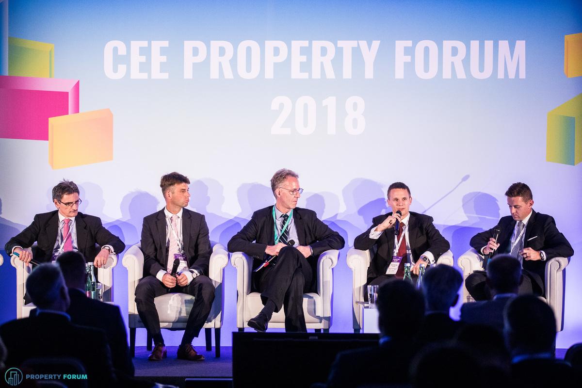 Czech Republic and Slovakia panel: Péter Számely (HYPO NOE), Tomáš Jandík (REICO), Dr. Erwin Hanslik (Taylor Wessing), Marián Fridrich (IAD Investments), Miroslav Barnas (JLL)