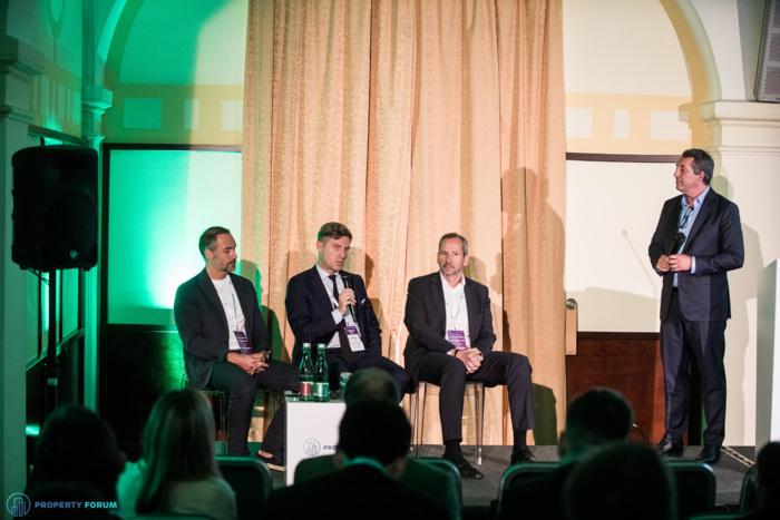 Hotel panel: Rupert Simoner (Vienna House), Andreas Gross (B&L Gruppe), Frank Hildwein (Deka Immobilien), Marius Gomola (HOTCO)