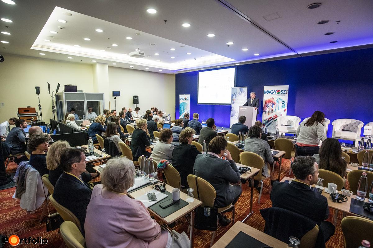 Portfolio - MAGYOSZ Pharmaceutical Industry 2018