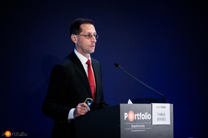 Varga Mihály (pénzügyminiszter, miniszterelnök-helyettes, Pénzügyminisztérium): Mit tervez a kormány? Gazdaságpolitika idén és jövőre
