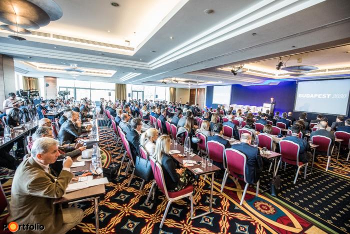 Portfolio BUDAPEST 2030 konferencia