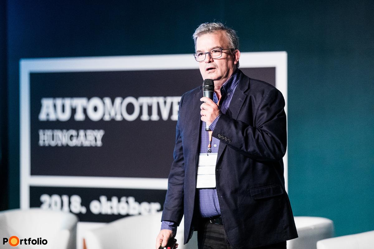 Balázs Tordai (Development team leader, IVSZ): In 4.0th gear