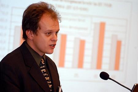 Attila Bartha (Kopint-Datorg): false or unreliable statistics...
