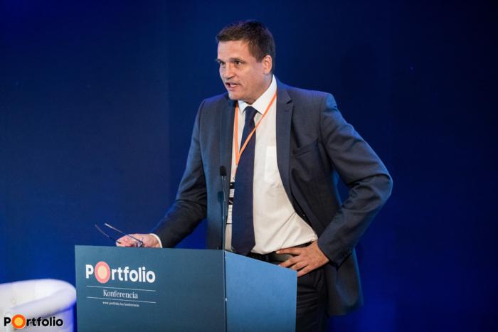 Bács Zalán (igazgató, Rosatom Central Europe Magyarországi Fióktelep): Globális trendforduló az energetikában - a Roszatom innovativ megoldásai az atomenergetika széleskörű alkalmazása érdekében