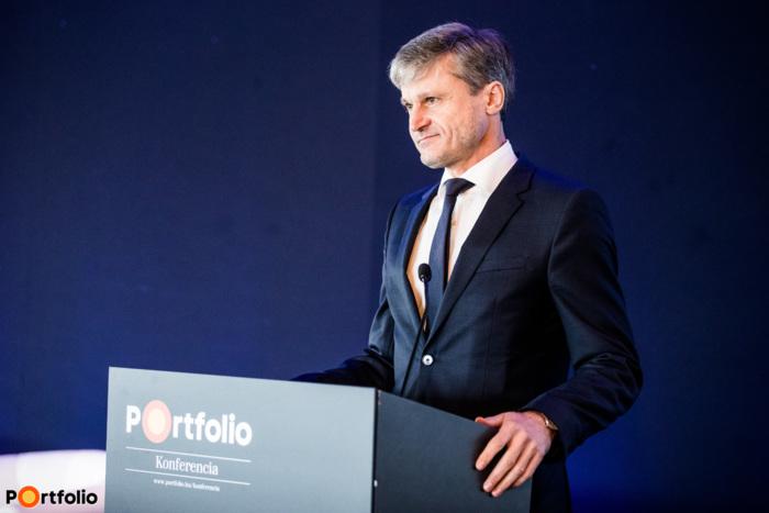 Ságodi Attila (partner, a KPMG kormányzati, infrastruktúra, energetikai és közüzemi ágazatokért felelős vezetője): Felpezsdülő tranzakciós piac - Új fázisban a magyar energiaszektor