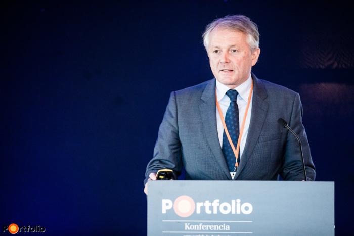 Dr. Kaderják Péter (energiaügyekért és klímapolitikáért felelős államtitkár, ITM): A hagyományos és megújuló energiaforrások kilátásai a hazai energiaellátásban