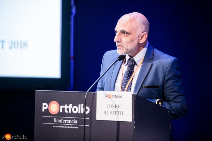 Josef Busittil (elnök, FECMA): Credit management a gyakorlatban - megnyitó beszéd