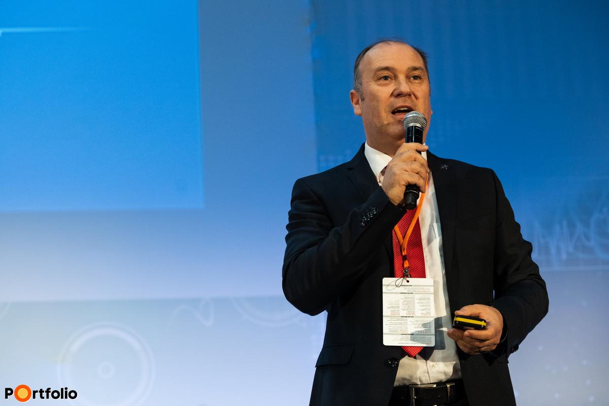 Bartha Lajos (ügyvezető igazgató, MNB): Elektronikus fizetések Magyarországon - Mit mond a szabályozó?
