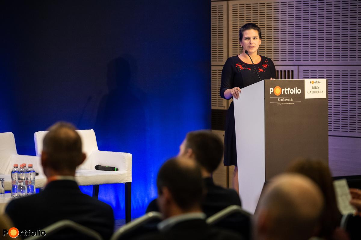 Biró Gabriella (informatikai felügyeleti főosztály vezetője, Magyar Nemzeti Bank): Újdonságok a digitális bankolásban az Informatikai Felügyelet szemszögéből