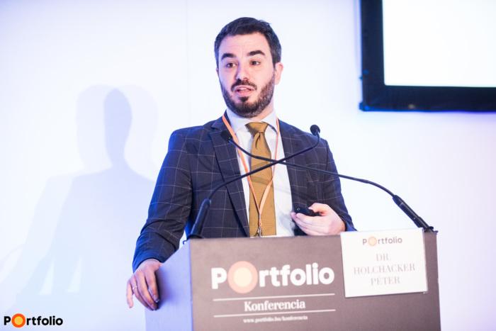 Dr. Holchacker Péter (Innovatív Gyógyszergyártók Egyesülete - AIPM, igazgató): Innovatív gyógyszerek a betegekért