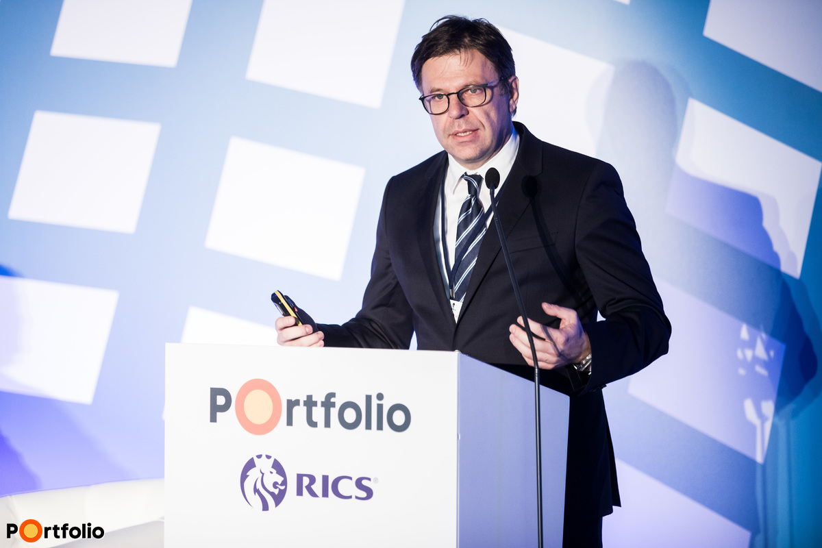 Gyula Ágházi MRICS (CEO, Gránit Pólus Csoport): Grandiose projects - Central Park