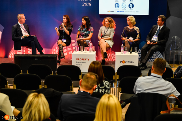 Marketing workshop: Selling dreams come true. Conversation participants: Tímea Szili (Head of Marketing, Futureal), Csenge Mátray (Marketing Communication and PR Director, WING), Katalin Kovács (Head of PR, TriGranit), Ernő Koncz (Marketing Communications Director, Granit Polus), Bea Déri (PR & Marketing Director, CPI Property Group) and the moderator Ákos Starcz (Managing Partner, Next Wave Europe)