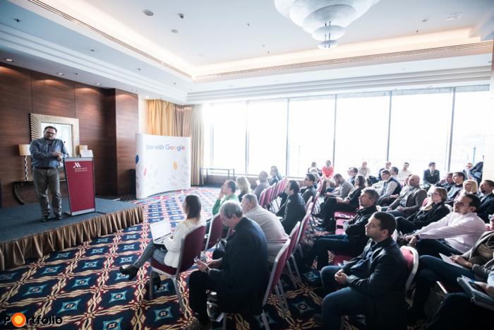 Vadász Illés (Industry Manager, Google Hungary): Külpiaci terjeszkedés a segítségnyújtás korszakában